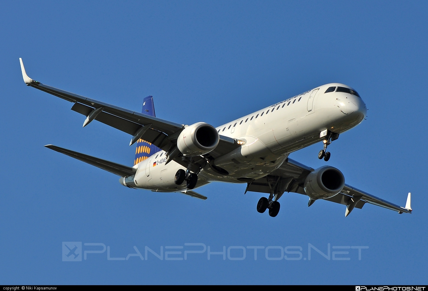 Embraer E195LR (ERJ-190-200LR) - D-AEME operated by Augsburg Airways #e190 #e190200 #e190200lr #e195lr #embraer #embraer190200lr #embraer195 #embraer195lr