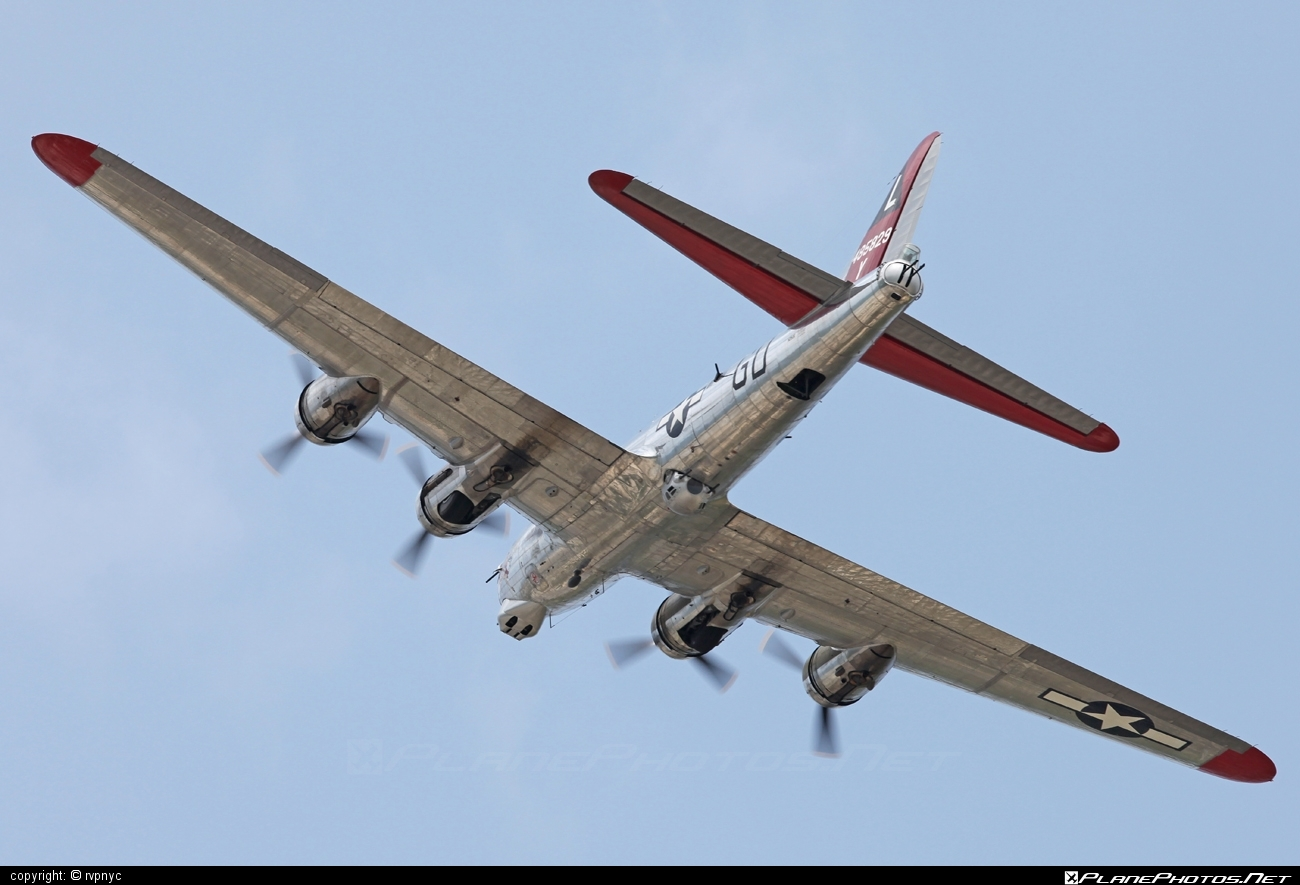 Boeing B-17G Flying Fortress - N3193G operated by Private operator #boeing
