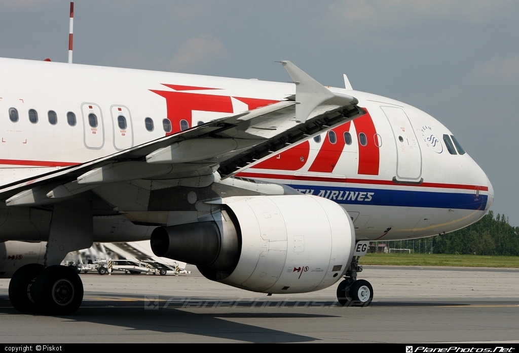 Airbus A320-214 - OK-LEG operated by CSA Czech Airlines #a320 #a320family #airbus #airbus320 #csa #czechairlines