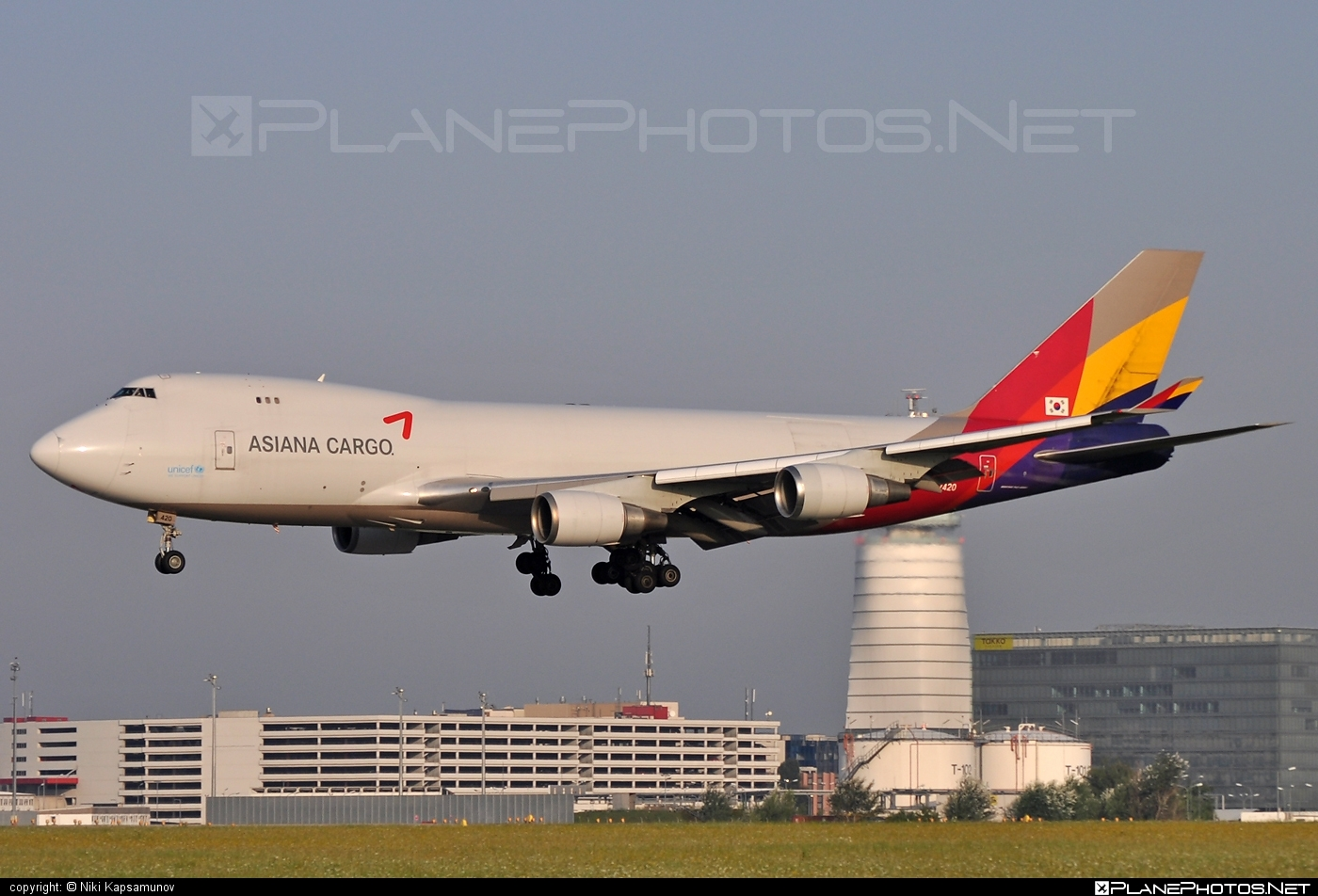 Boeing 747-400F - HL7420 operated by Asiana Cargo #asianacargo #b747 #boeing #boeing747 #jumbo