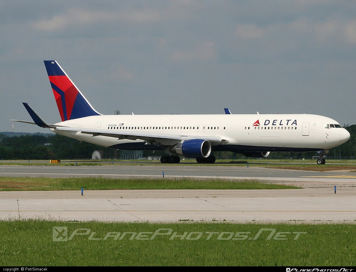 Boeing 767-300ER - N192DN operated by Delta Air Lines #b767 #b767er #boeing #boeing767 #deltaairlines