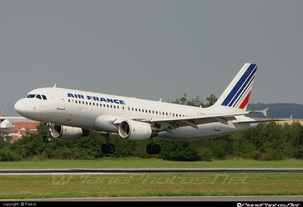 Airbus A320-214 - F-GKXF operated by Air France #a320 #a320family #airbus #airbus320 #airfrance