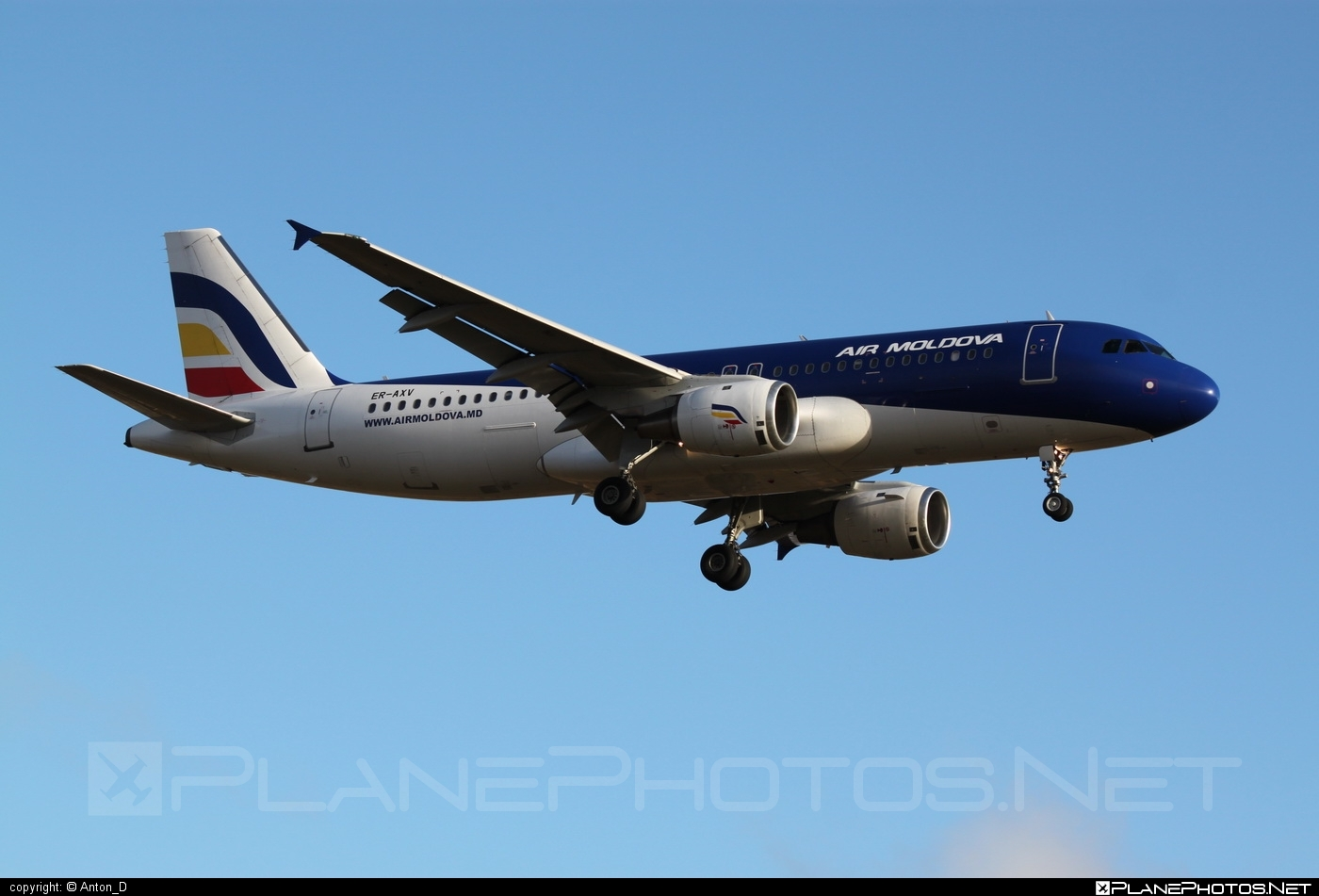 Airbus A320-211 - ER-AXV operated by Air Moldova #a320 #a320family #airbus #airbus320