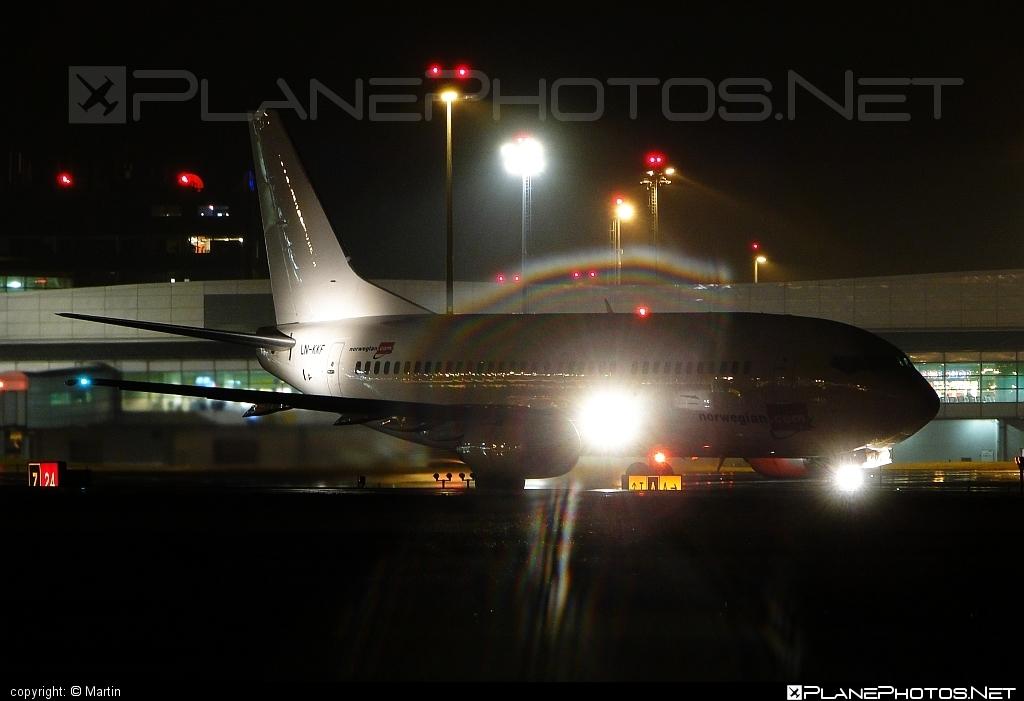 Boeing 737-300 - LN-KKF operated by Norwegian Air Shuttle #b737 #boeing #boeing737 #norwegian #norwegianair #norwegianairshuttle