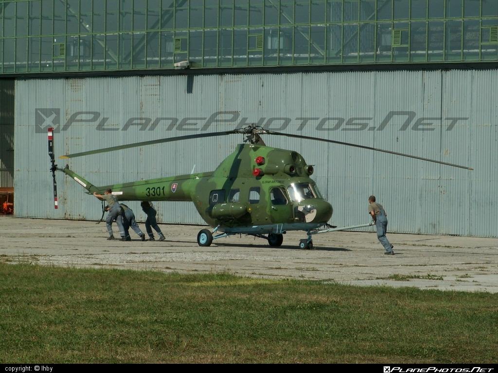 Mil Mi-2 - 3301 operated by Vzdušné sily OS SR (Slovak Air Force) #mil #milhelicopters #slovakairforce #vzdusnesilyossr