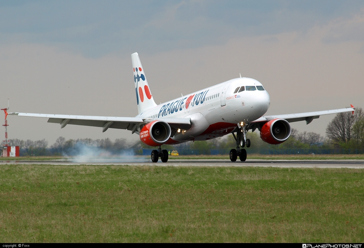 Airbus A320-214 - OK-HCA operated by Holidays Czech Airlines #a320 #a320family #airbus #airbus320