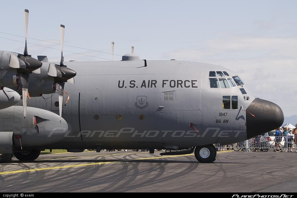Lockheed C-130E Hercules - 62-1847 operated by US Air Force (USAF) #lockheed #usaf #usairforce