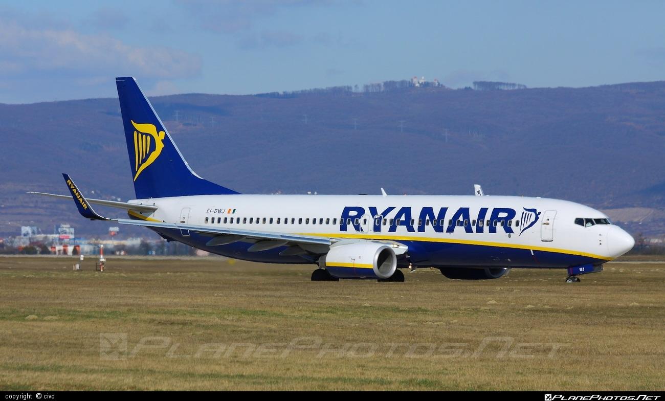 Boeing 737-800 - EI-DWJ operated by Ryanair #b737 #b737nextgen #b737ng #boeing #boeing737 #ryanair