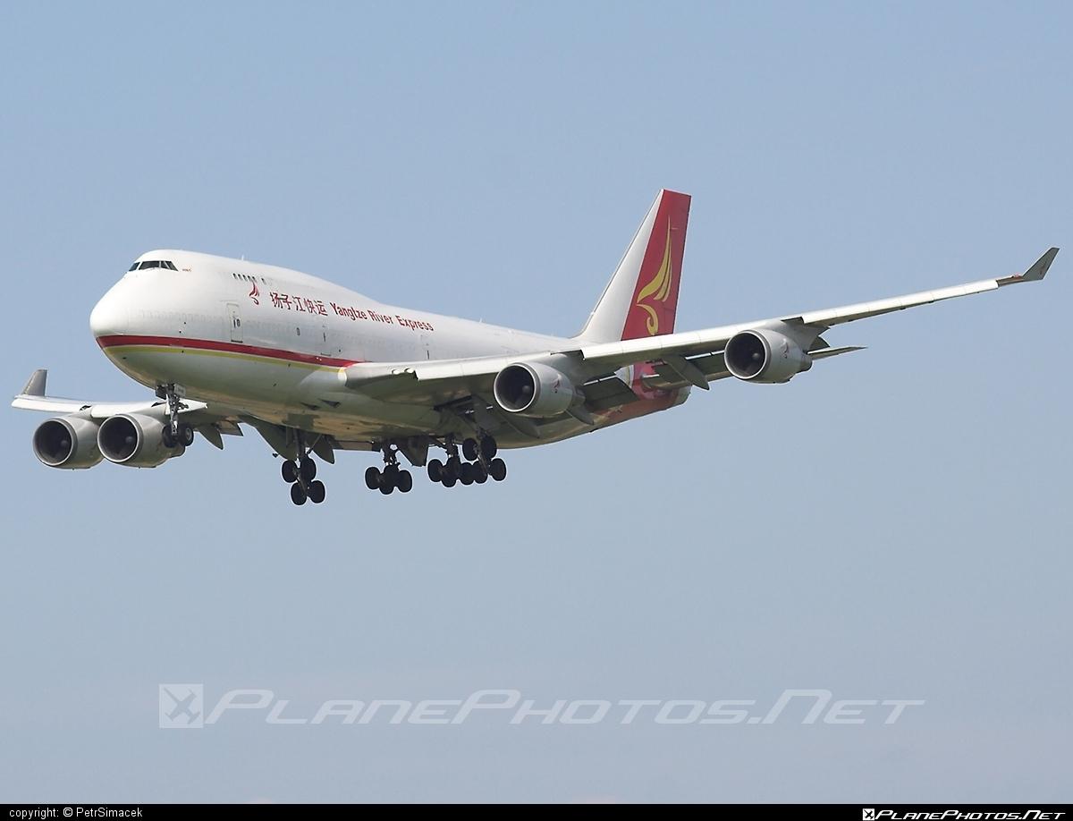 Boeing 747-400SF - B-2435 operated by Yangtze River Express #b747 #b747sf #boeing #boeing747 #jumbo