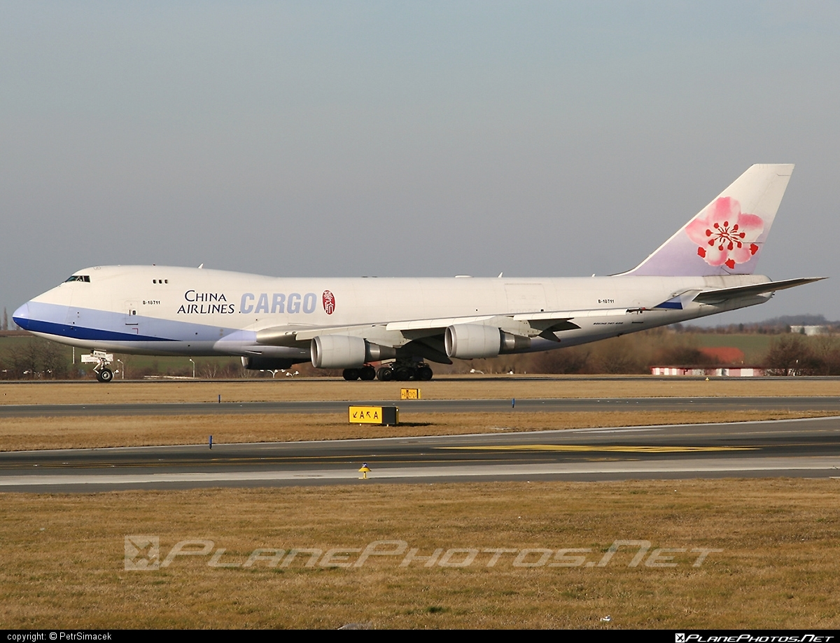 Boeing 747-400F - B-18711 operated by China Airlines Cargo #b747 #boeing #boeing747 #chinaairlines #chinaairlinescargo #jumbo