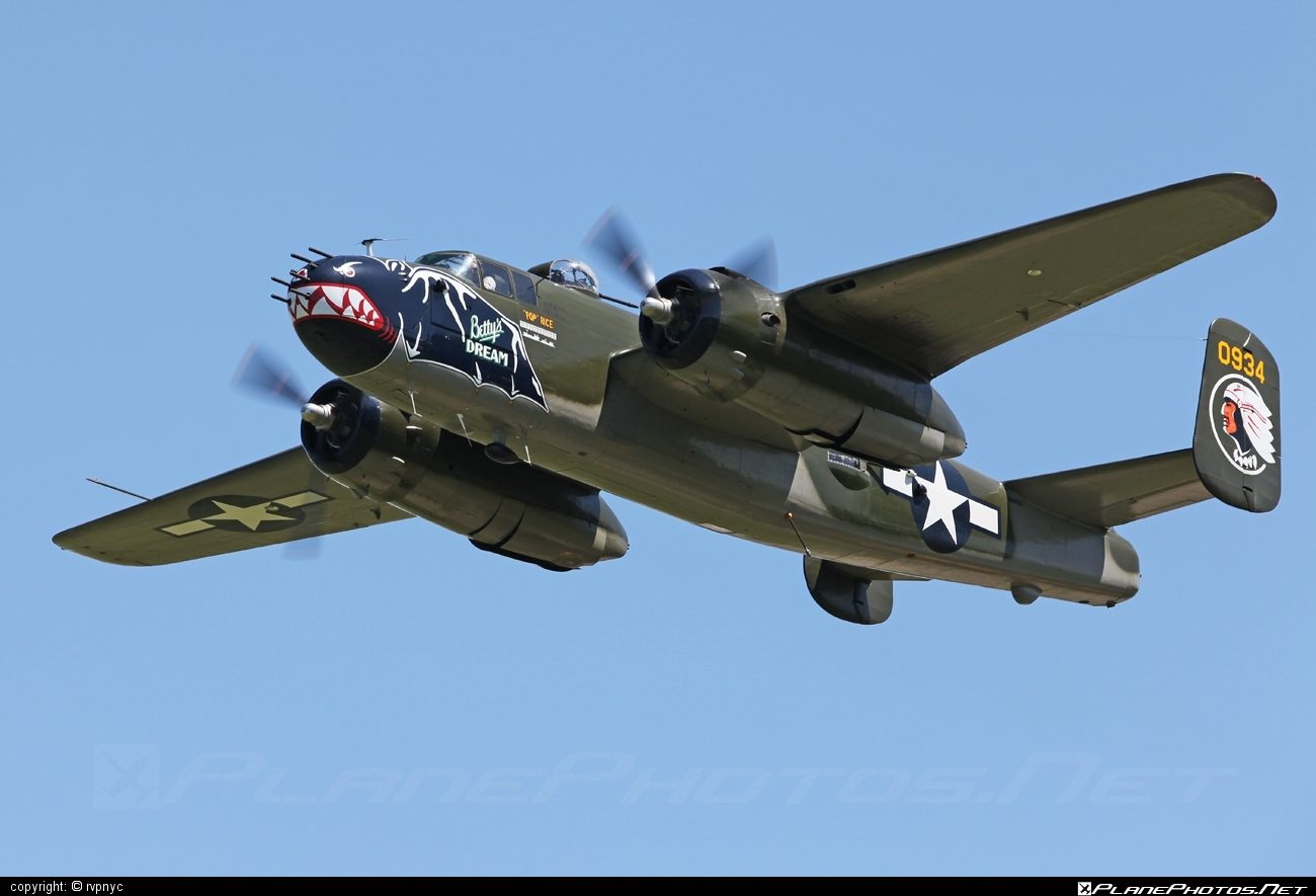 North American B-25J Mitchell - N5672V operated by Private operator #b25 #b25j #b25mitchell #northamerican