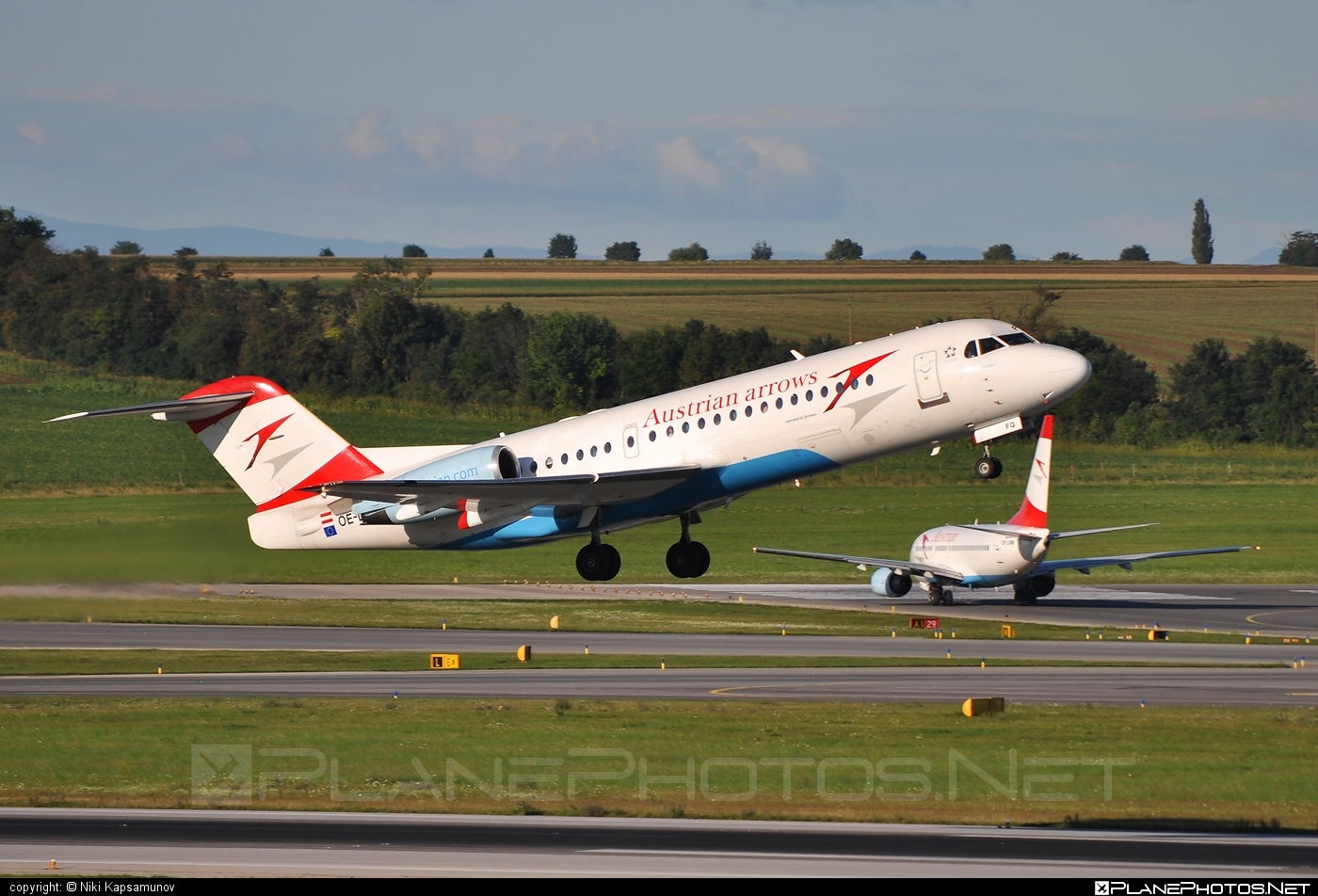 Fokker 70 - OE-LFQ operated by Austrian arrows (Tyrolean Airways) #fokker