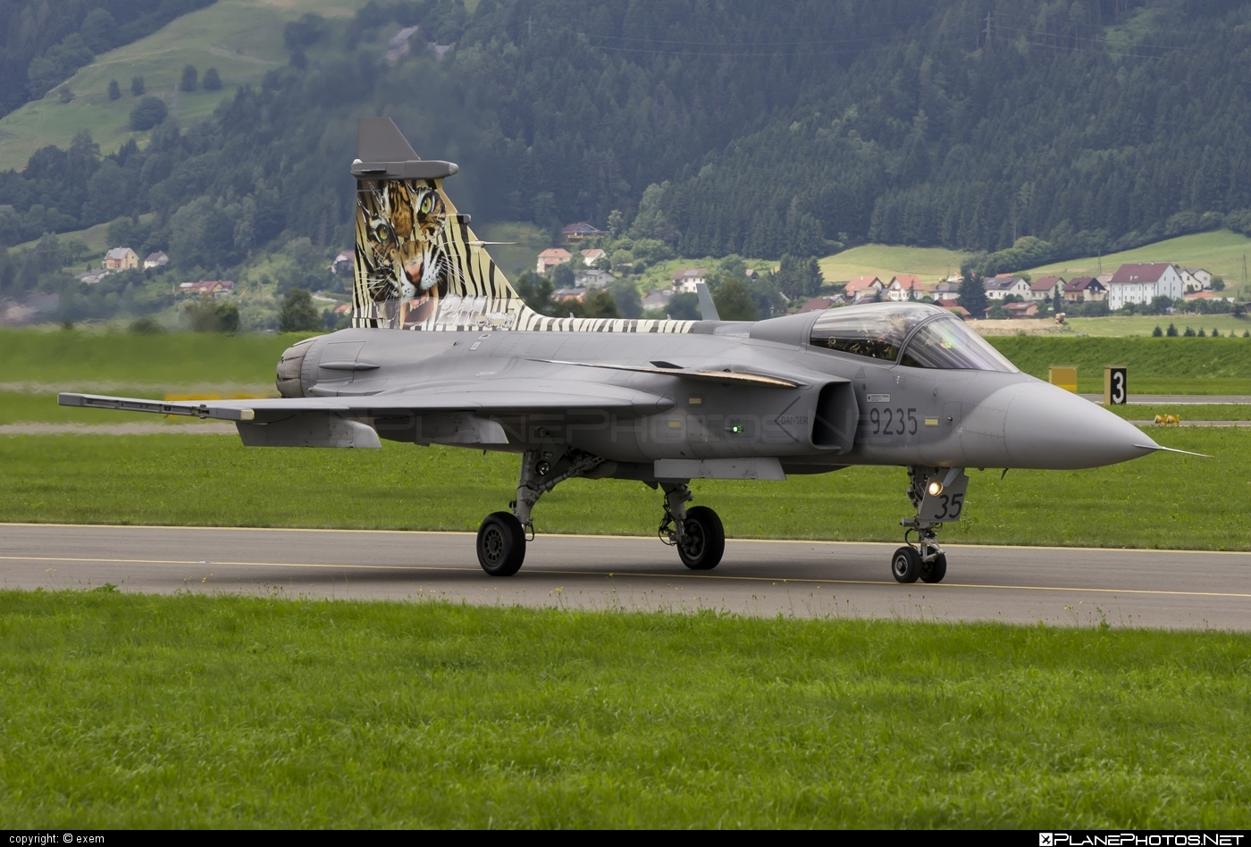 Saab JAS 39C Gripen - 9235 operated by Vzdušné síly AČR (Czech Air Force) #czechairforce #gripen #jas39 #jas39c #jas39gripen #saab #vzdusnesilyacr