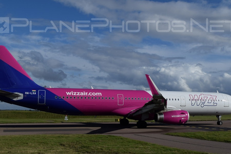 Airbus A321-231 - HA-LXA operated by Wizz Air