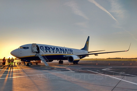 Boeing 737-800 - EI-EFN operated by Ryanair