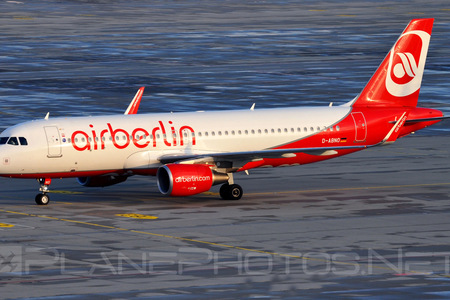Airbus A320-214 - D-ABNO operated by Air Berlin