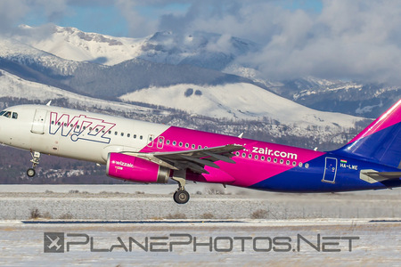 Airbus A320-232 - HA-LWE operated by Wizz Air