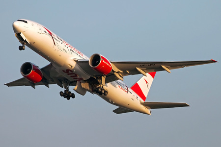 Boeing 777-200ER - OE-LPD operated by Austrian Airlines
