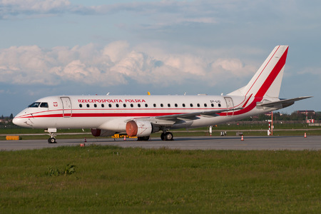 Embraer 170-200LR - SP-LIG operated by Poland - Government
