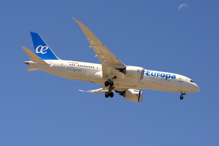 Boeing 787-8 Dreamliner - EC-MMX operated by Air Europa