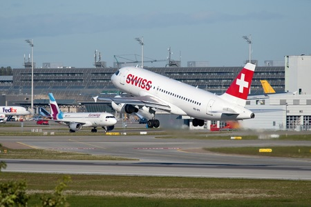 Airbus A319-111 - HB-IPX operated by Swiss International Air Lines
