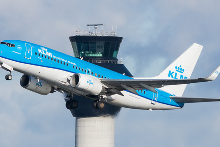 Boeing 737-700 - PH-BGE operated by KLM Royal Dutch Airlines