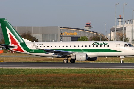 Embraer E175STD (ERJ-170-200STD) - EI-RDD operated by Alitalia CityLiner