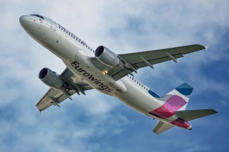 Airbus A320-216 - D-ABZL operated by Eurowings