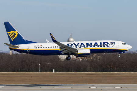 Boeing 737-800 - EI-FOM operated by Ryanair