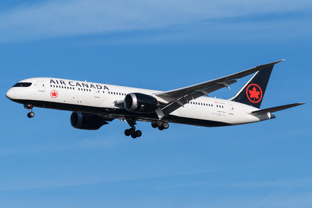Boeing 787-9 Dreamliner - C-FRTU operated by Air Canada