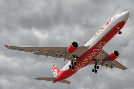 Airbus A330-322 - D-AERQ operated by Air Berlin