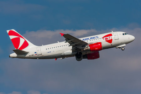 Airbus A319-112 - OK-MEL operated by CSA Czech Airlines