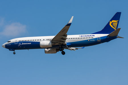Boeing 737-800 - EI-DCL operated by Ryanair
