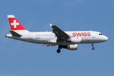 Airbus A319-111 - HB-IPY operated by Swiss International Air Lines