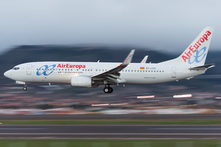 Boeing 737-800 - EC-LQX operated by Air Europa