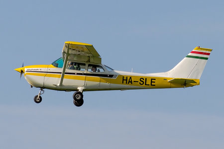 Cessna 172L Skyhawk - HA-SLE operated by Private operator