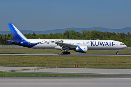 Boeing 777-300ER - 9K-AOL operated by Kuwait Airways