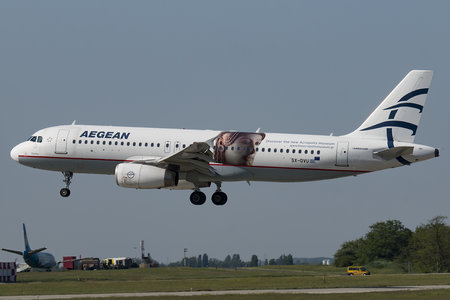 Airbus A320-232 - SX-DVU operated by Aegean Airlines