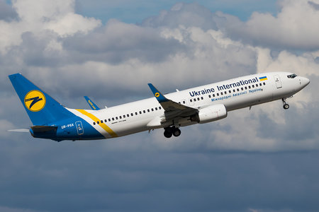 Boeing 737-800 - UR-PSX operated by Ukraine International Airlines