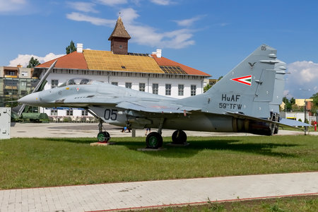 Mikoyan-Gurevich MiG-29B - 05 operated by Magyar Légierő (Hungarian Air Force)