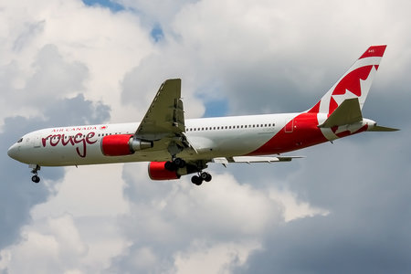 Boeing 767-300ER - C-GBZR operated by Air Canada Rouge