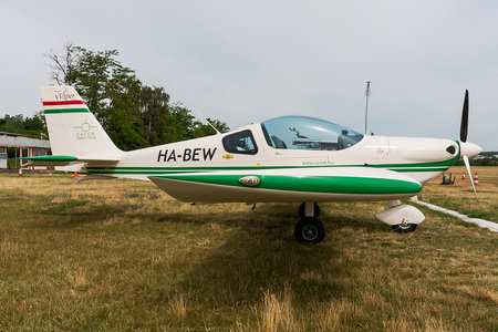 Tomark SD-4 Viper - HA-BEW operated by CAVOK Aviation Training