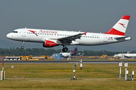 Airbus A320-216 - OE-LXC operated by Austrian Airlines