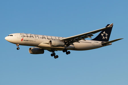 Airbus A330-243 - B-6091 operated by Air China
