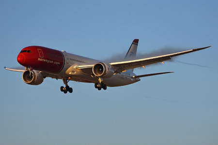 Boeing 787-9 Dreamliner - G-CKWE operated by Norwegian Air UK