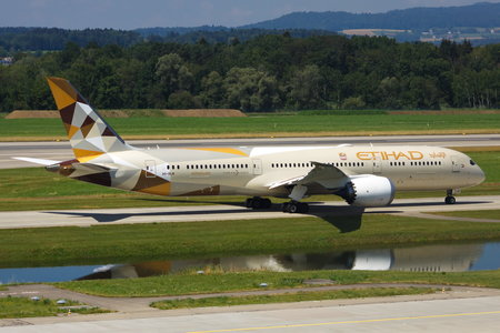 Boeing 787-9 Dreamliner - A6-BLN operated by Etihad Airways