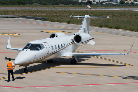 Bombardier Learjet 60XR - T7-ISH operated by Private operator