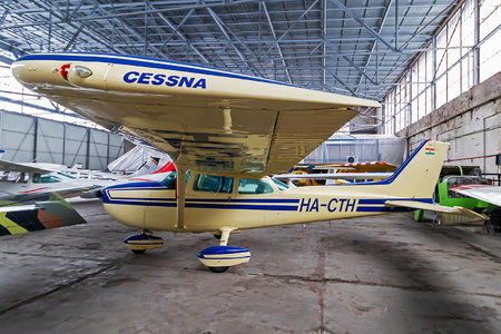 Cessna 172P SkyHawk II - HA-CTH operated by Private operator