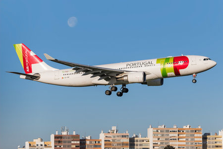 Airbus A330-202 - CS-TOP operated by TAP Portugal