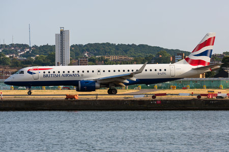 Embraer 190-100SR - G-LCYL operated by BA CityFlyer